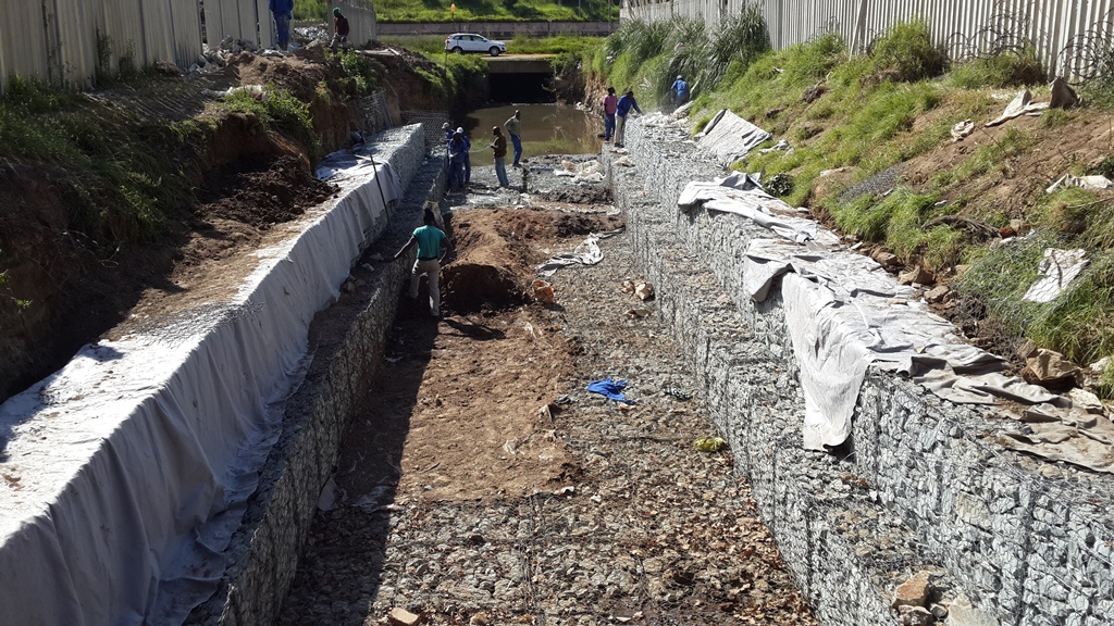 Geotextiles Gabions And River Reno Mattresses Supplied